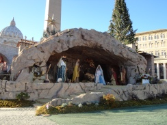 Crèche à la Place St Pierre (Rome 2013)